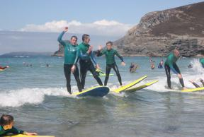 Explorers getting the hang of surfing