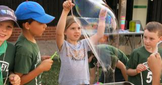 Experimenting with bubbles at Cubs